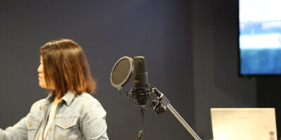 A live voice-acting workshop taught in Los Angeles.